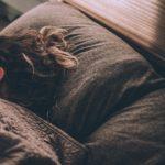 「美肌の為に最も大切な睡眠。2つのホルモンが大きく関係。」