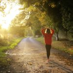 運動する事によりストレスが改善され生活の質が格段に上がる。